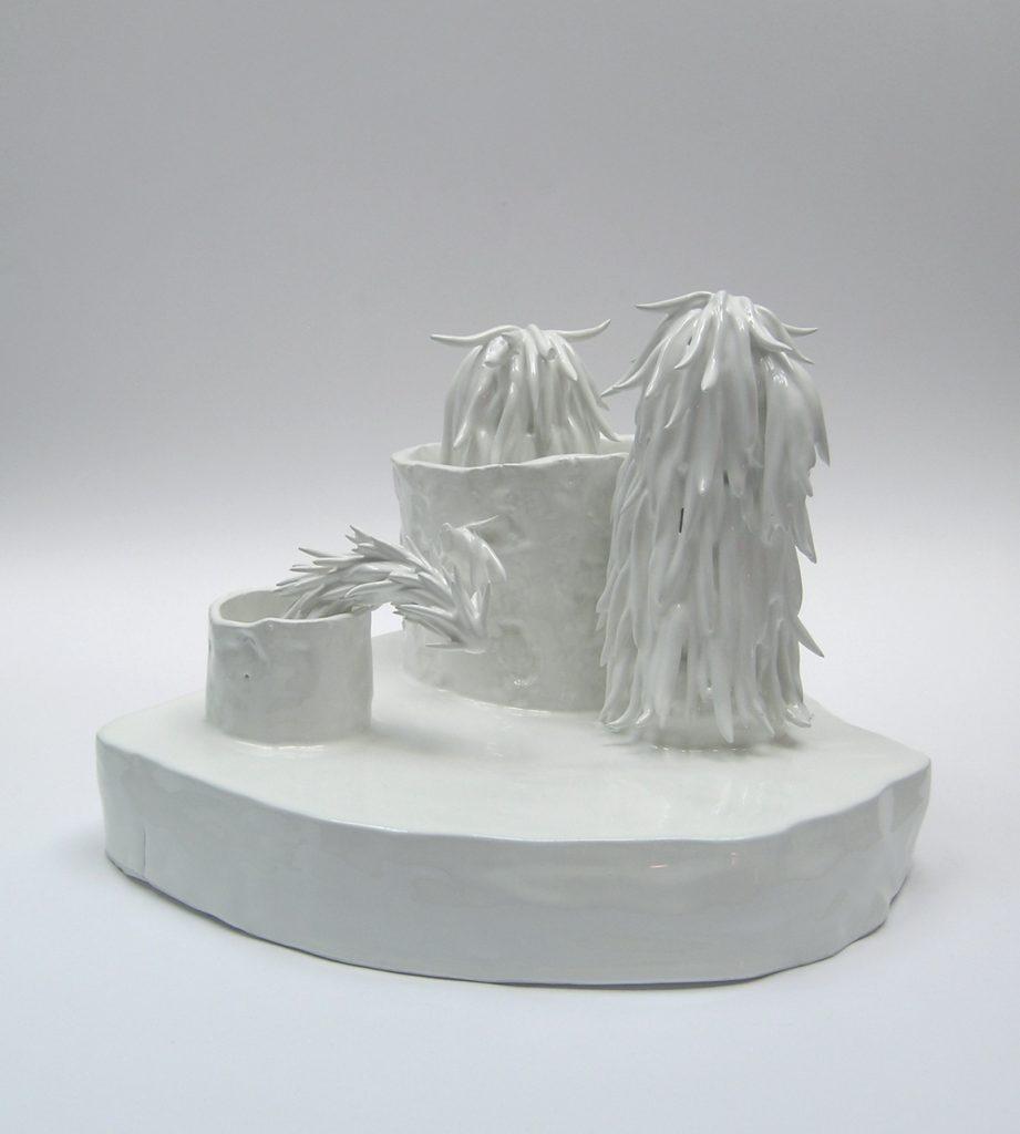 """""""Raccolto in tempo""""  2012 Ceramica cm 27x29x20"""